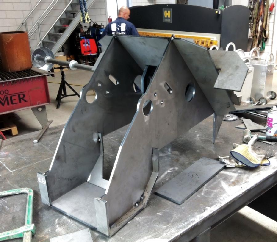 Peiler stopper cutting tool